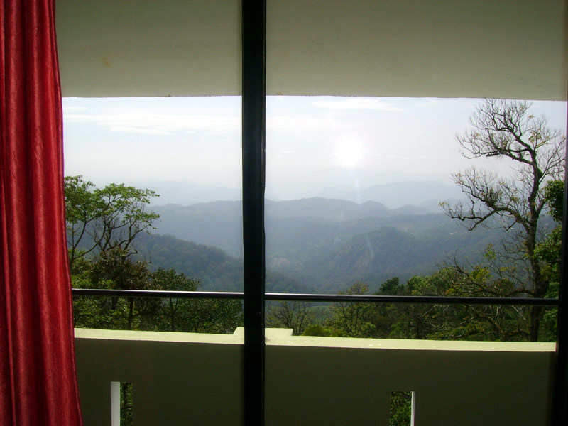 Munnar Misty Heights outside view